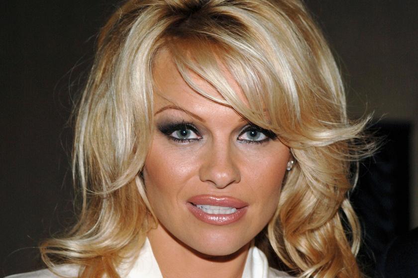 3 hete szakított Pamela Anderson és férje - A férfi már egy másik nőt jegyzett el
