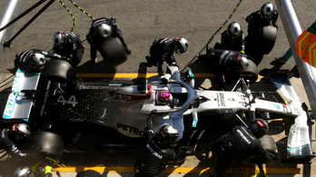 2021-re már be is tiltották a Mercedes trükkös kerékmozgató rendszerét