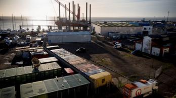 16 konténer szemetet küldtek vissza Angliába Romániából