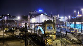 Bejött a MÁV-nak az éjszakai vonat