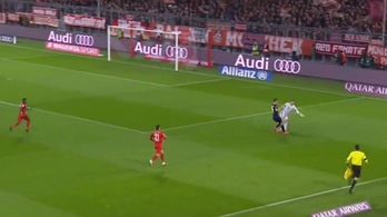 Neuer összeneuerezett egy gólt a Bayern meccsén