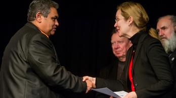 A Fidesz sorosozza a Wallenberg-díjjal kitüntetett Setét Jenőt