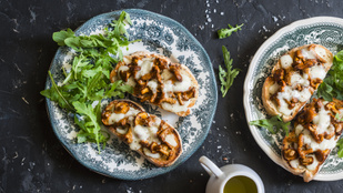 Ha valami izgalmasat ennél, készíts szendvicset erdei gombákkal és egy kis szilvalekvárral!