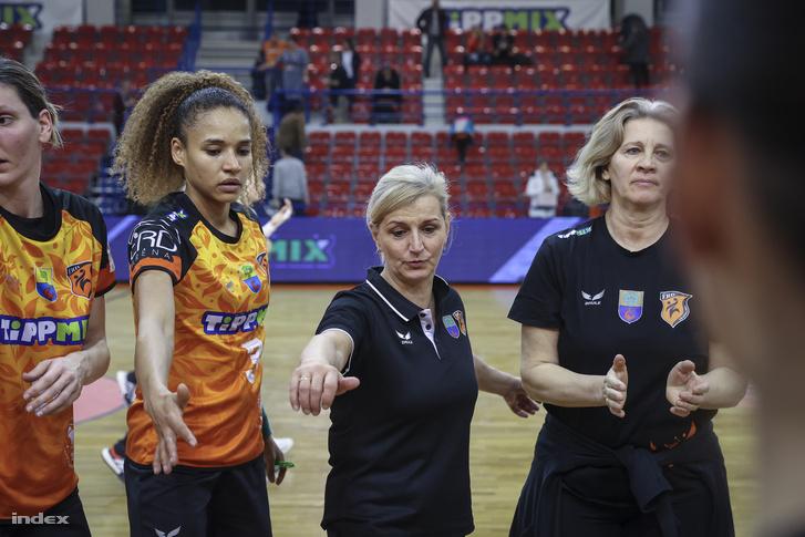 Szabó Edina (k)
