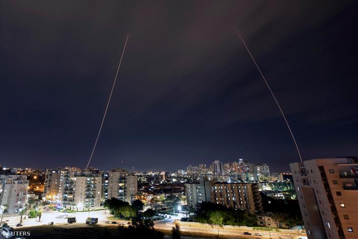Több mint húsz rakétát lőttek Izraelre a Gázai övezetből