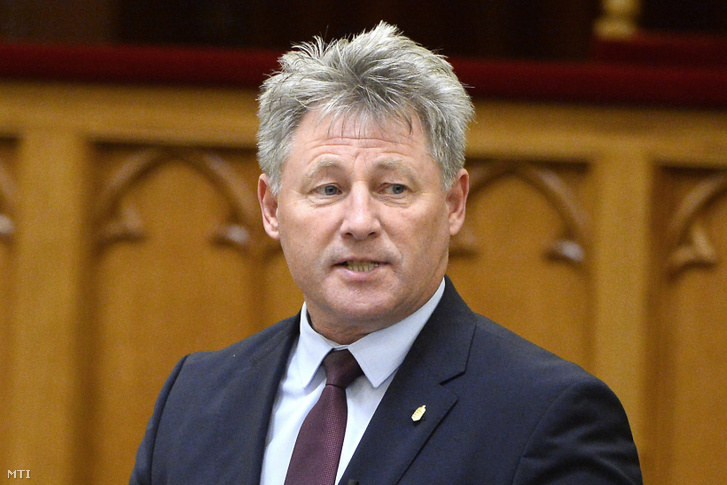 Fenyvesi Zoltán