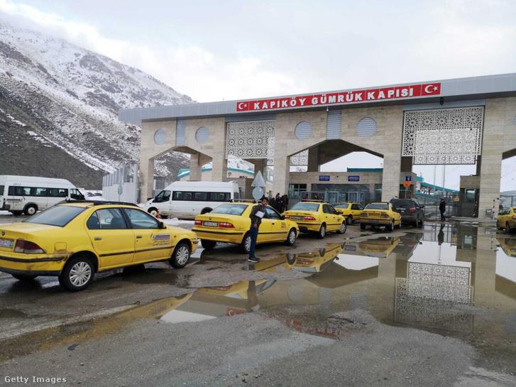 Örményország mellett Törökország is átmenetileg lezárta Iránnal közös határát