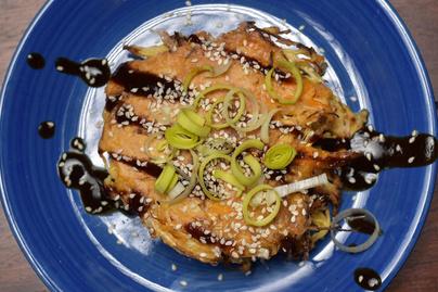 Japán palacsinta házilag sok zöldséggel és egy csodás szósszal