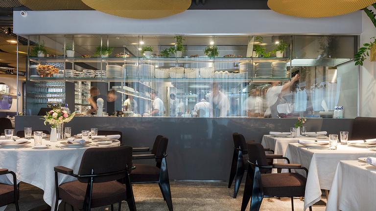 Lassan újranyitnak a hazai Michelin-csillagos éttermek