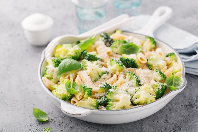 30 perces brokkolis, sajtos tészta: gyors és egyszerű főétel