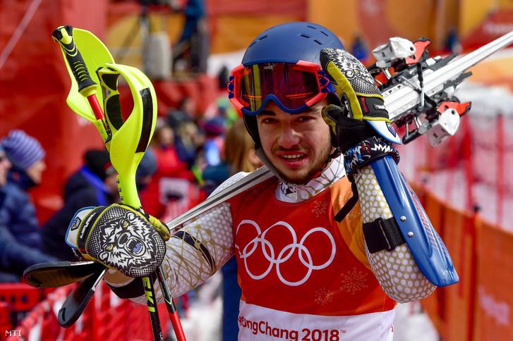 Kékesi Márton az alpesi sízők csapatversenye után a phjongcshangi téli olimpián az Alpensia Sport Parkban 2018. február 24-én.