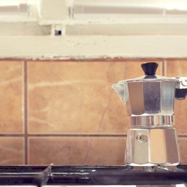 A kotyogós kávéfőző helyes ápolása: így örökké működni fog