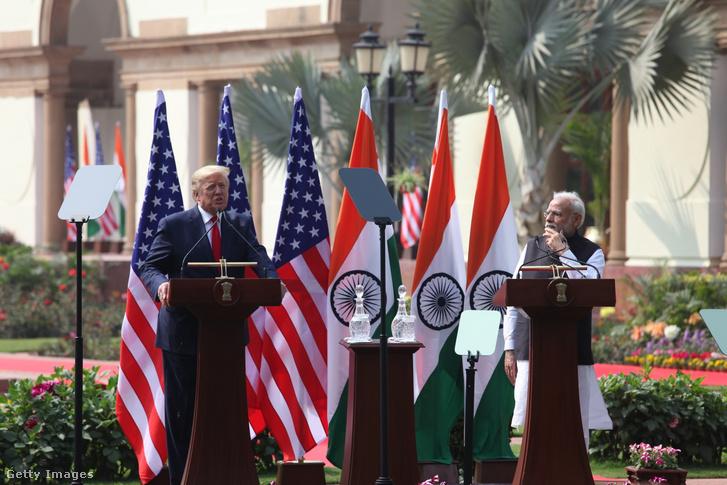 Donald Trump indiai látogatásán mond beszédet 2020. február 25-én