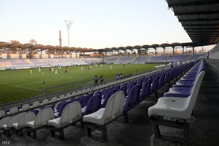 A Szusza Ferenc Stadion egy 2017-es zárt kapus meccsen