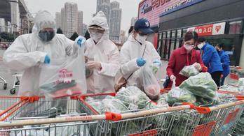 Csökkent a napi új fertőzöttek száma Kínában