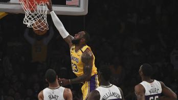 LeBron James óriással zsákolással mutatta meg, hogy még mindig ő az NBA királya