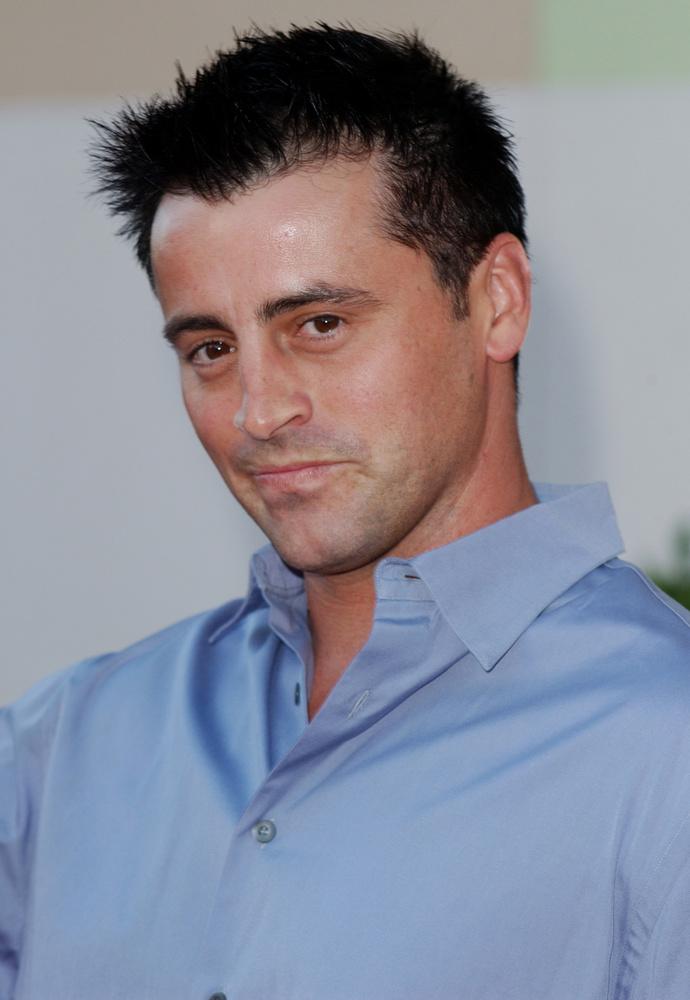 A Joey-t alakítő Matt LeBlanc volt az egyetlen szereplő, akinek a karakterére megpróbáltak felhúzni egy önálló sorozatot