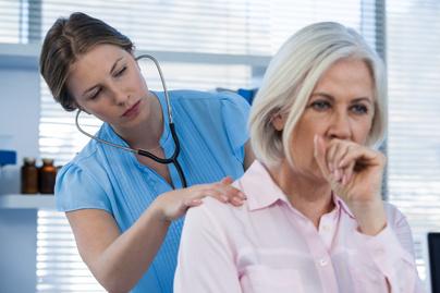 asztma nyitó tartós köhögés