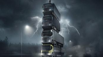 Négy teherautóból épített tornyot a Volvo