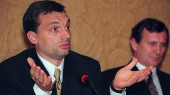Orbán Viktor makkoscipőben süteményezve üzente meg: Meglátjuk, ki az erősebb
