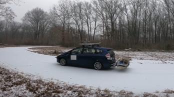 Út alá látó szenzor segíthet tájékozódni az önvezető autóknak