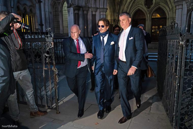Johnny Depp az angol bíróságon perli a The Sunt
