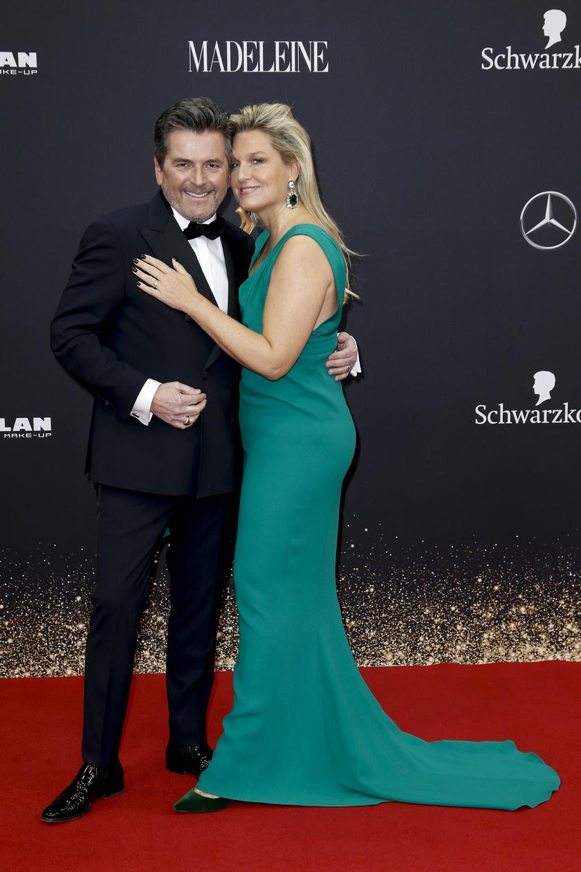 Thomas Anders és csinos felesége, Claudia Hess nagyon szép párt alkotnak.