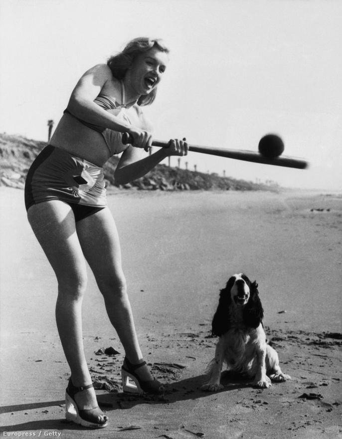 A Carole Lind, a Norma Monroe, a Jeane Monroe és számos további névvariáció után a szexbomba végül a 20-as évek Broadway-dívájától, Marilyn Millertől kölcsönzött magának új keresztnevet. A Marilyn Monroe-val a Fox-főnök Lyon is tökéletesen elégedett volt: szerinte a dupla M ugyanolyan szerencsés dolog, mint a dupla hatos dobás.