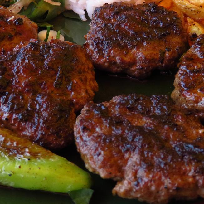 A török fasírt, azaz a köfte receptje - Ez a húsgolyó is megér egy misét