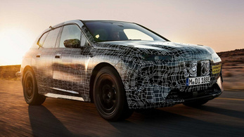 Újabb gyári képeken a BMW iNext prototípus