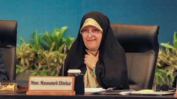 Irán egyik alelnökét is megfertőzte a koronavírus