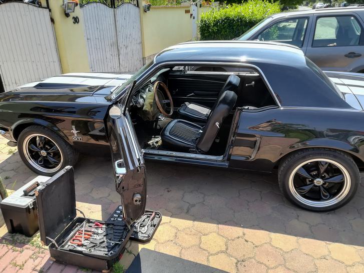 Készül a Mustang