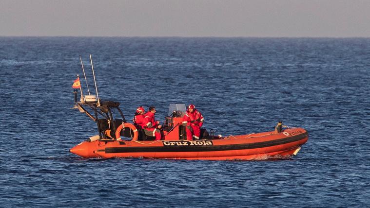Meghalt a spanyol légierő pilótája, amikor a tengerbe zuhant a gépe