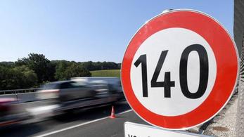 Ausztria dobja a 140-et, visszaáll a 130 km/h-s sebességhatár