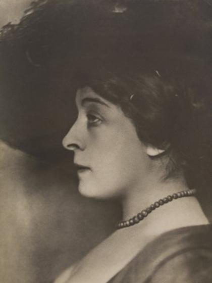 Melyik magyar költő egyik leghíresebb múzsája volt Brüll Adél, azaz Léda, aki egyébként férjes asszony volt?