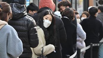 Dél-Koreában van a legtöbb koronavírusos Kínán kívül