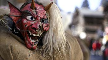 Svájc betiltotta az ezerfősnél nagyobb rendezvényeket