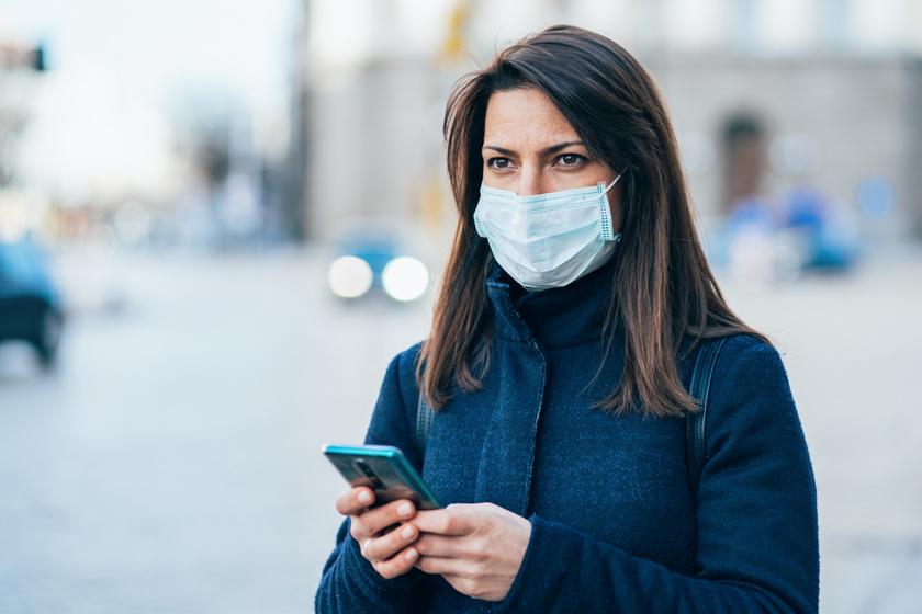 Hatalmas átverés terjed a koronavírusról a Facebookon: mit mond a virológus?