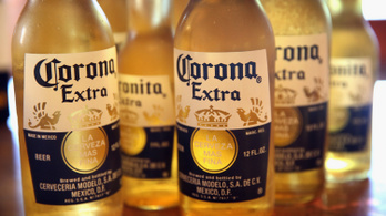 A Corona sör gyártója az elmúlt 10 év legrosszabb negyedévére készülhet