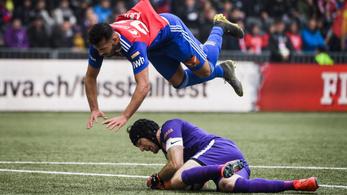 Leáll a svájci futballbajnokság a koronavírus miatt