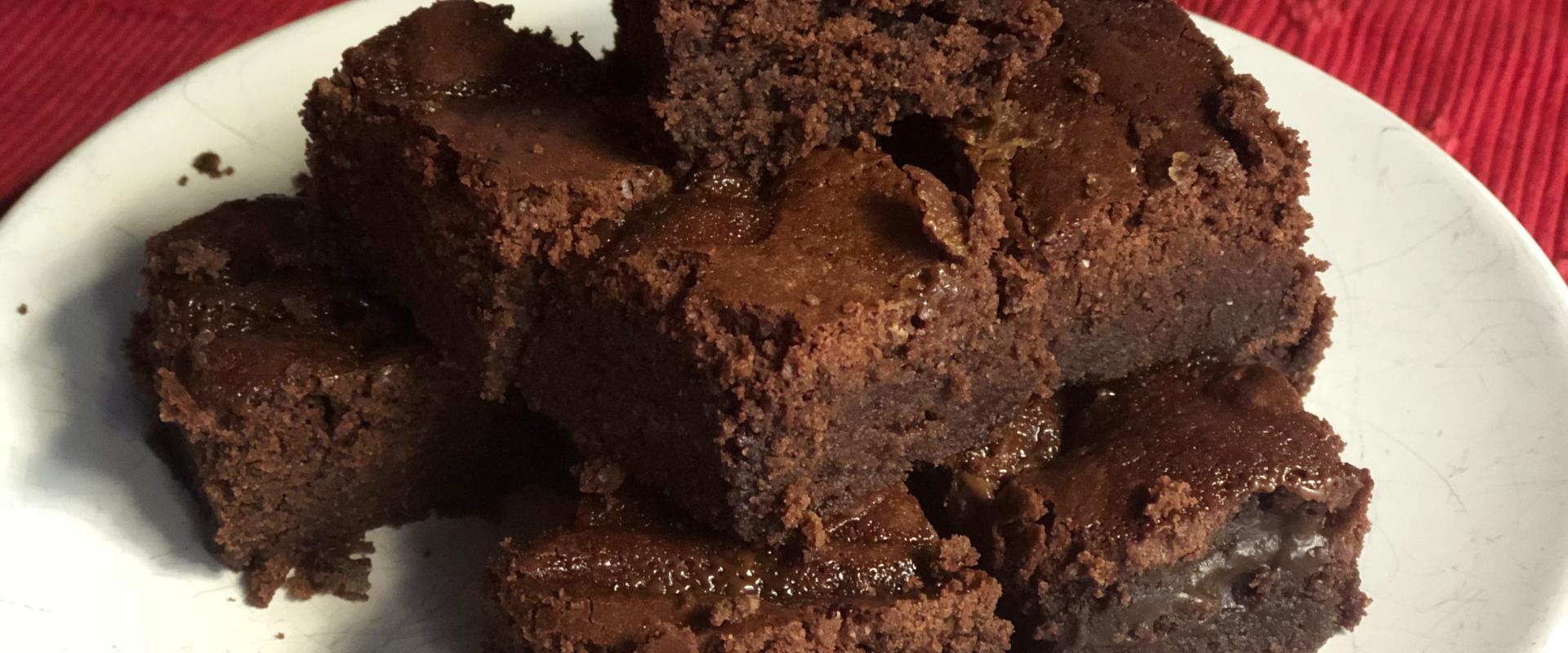 sós karamellás brownie