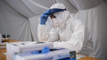 Összeomlás szélén állnak a koronavírus-betegekkel teli kórházak Észak-Olaszországban