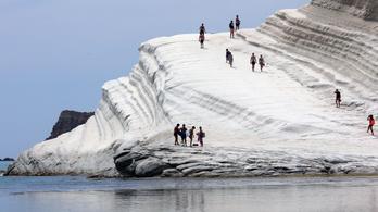 Lezárták a látogatók elől a Török lépcsőt Szicíliában
