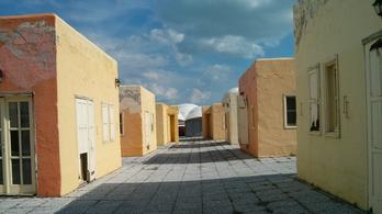 Az önkormányzat le akarja bontani Balatonfüred szégyenfoltját, a görög falut