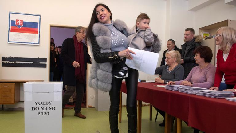Nagy átalakulásokat hozhat a szlovák választás