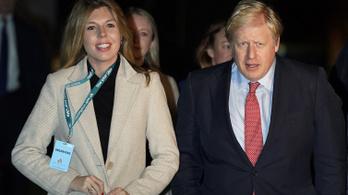 Gyereket vár Boris Johnson élettársa