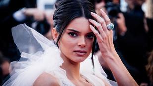 Vasvári Vivien és Kendall Jenner is fekete fehérneműben szexizett