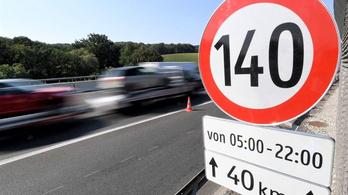 Ausztria nem enged tovább 140-nel száguldani az autópályán