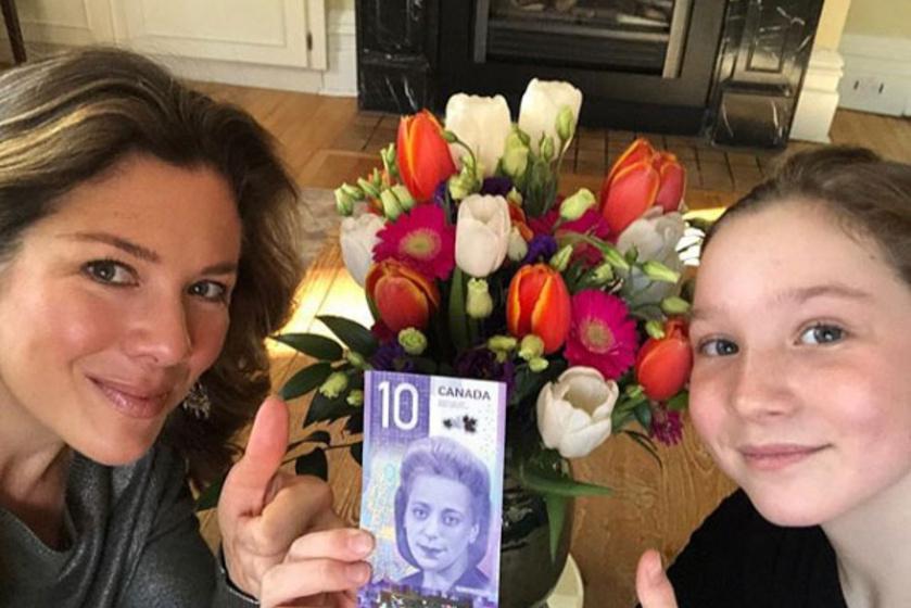Justin Trudeau felesége, Sophie és lánya, Ella-Grace közös szelfije nagy sikert aratott Instagramon.