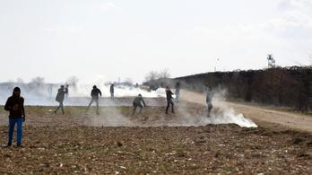 Lelőhettek egy szír menekültet a görög határőrök